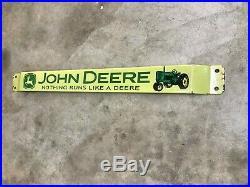 JOHN DEERE HEAVY PORCELAIN DOOR PUSH ADVERTISING SIGN (32x 3) NICE CONDITION