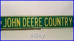 John Deere Country road sign