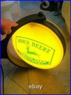 John Deere Spinning Globe Light